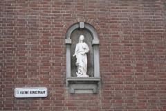 Maaseik-Heilige-in-Muurnis-in-Kerkstraat