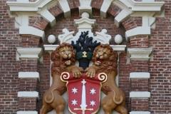 Haarlem-Nieuwe-Kerk-Beeld-met-jaartal-1