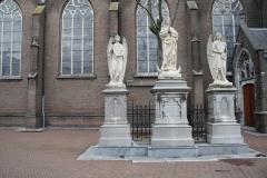 Oss-Mariabeeld-met-engelen-bij-Grote-Kerk-1