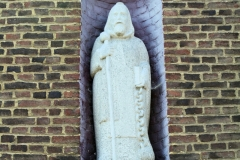 Urmond-Beeld-in-buitenmuur-Terpkerk-1
