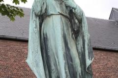 Voerendaal-H.Hartbeeld-bij-Sint-Laurentiuskerk-2