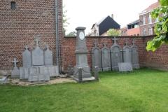 Sint-Truiden-245-Kerkhof-van-Sint-Jacobus
