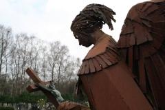 Hoogerheijde-RK-Kerk-OLV-Hemelvaart-Monument-begraafplaats-3