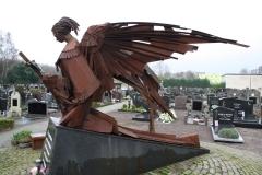 Hoogerheijde-RK-Kerk-OLV-Hemelvaart-Monument-begraafplaats-5