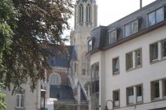 Sint-Truiden-117-Straatgezicht-met-toren-H.-Hartkerk