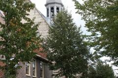 Alkmaar-Hofstraat-Zicht-op-Kapelkerk