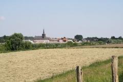 Geulle-Uitzicht-op-Sint-Niklaaskerk-Uikhoven-2