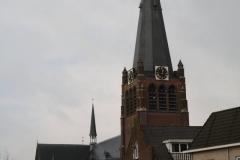 Hoogerheijde-Straatgezicht-met-RK-Kerk-OLV-Hemelvaart