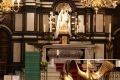 St.-Michielskathedraal-Maria-altaar-2