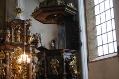 Kitzbühel-020-Stadtpfarrkirche-St-Andreas-Preekstoel