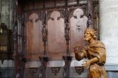 Sint-Truiden-H.Hartkerk-013-Houten-beeld