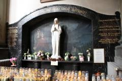 Sint-Truiden-Minderbroederskerk-001-Mariadevotieplek