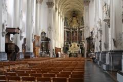 Sint-Truiden-Minderbroederskerk-002-Interieur