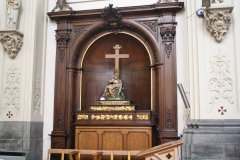 Sint-Truiden-Minderbroederskerk-012-Altaar-met-piëta