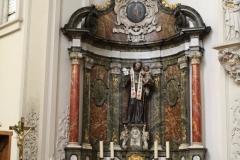 Sint-Truiden-Minderbroederskerk-013-Altaar-met-Franciscus-en-kleine-Jezus