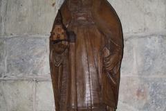 Sint-Truiden-Sint-Gangulfuskerk-002-Heilige-met-kerk