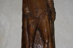 Sint-Truiden-Sint-Gangulfuskerk-017-Houten-beeld-ridder-met-zwaard