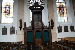 Sint-Truiden-Sint-Jakobskerk-005-Biechtstoel