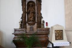 Sint-Truiden-Sint-Jakobskerk-014-Zijaltaar