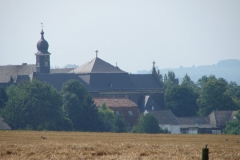 Wittem-Vergezicht-met-klooster-1
