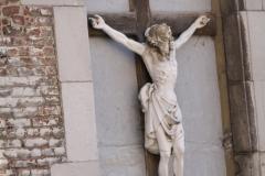 Sint-Truiden-317-Kruisbeeld-in-muurnis