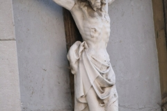 Sint-Truiden-318-Kruisbeeld-in-muurnis