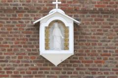 Sint-Truiden-154-Mariabeeld-in-houten-kastje