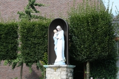 Ubachsberg-Mariabeeld-bij-Breedenweg-1