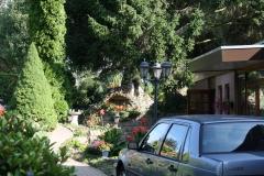 Ubachsberg-Mariabeeld-in-tuin