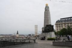 Brussel-2014-0469-Oorlogsmonument-op-Poelaertplein