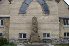 Rondom-Kanne-198-Oorlogsmonument-bij-St-Hubertuskerk