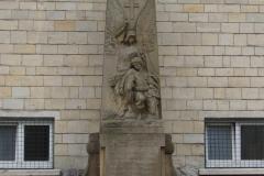 Rondom-Kanne-199-Oorlogsmonument-bij-St-Hubertuskerk