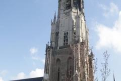 Delft-Nieuwe-Kerk-door-raam-Vermeercentrum
