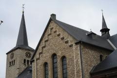 Simpelveld-Sint-Remigiuskerk-4-Torens