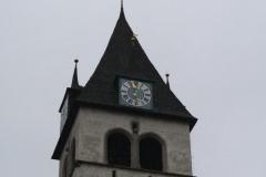 Kitzbühel-041-Liebfrauenkirche-Toren-met-uurwerk