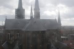 Delft-Uitzicht-vanaf-Nieuwe-Kerk-op-andere-kerk-1