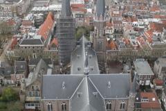 Delft-Uitzicht-vanaf-Nieuwe-Kerk-op-andere-kerk-2