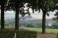 Gulpen-Uitzicht-vanaf-de-Gulperberg-op-klooster-Wittem