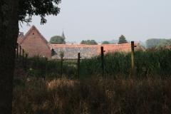 Wahlwiller-Vergezicht-met-boerderij-en-Cunibertuskerk